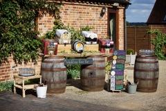 Summer-outside-wedding-reception-bar